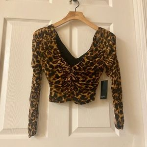 NWT Leopard cropped top size small
